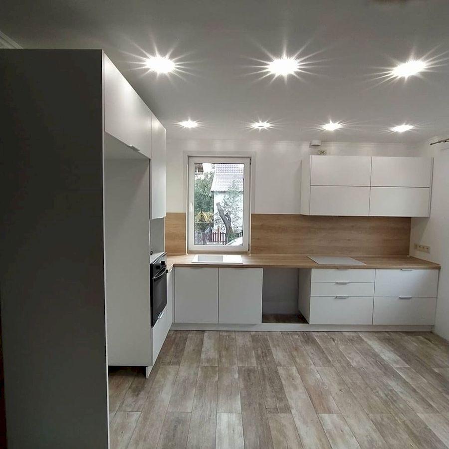 Белый кухонный гарнитур-Кухня МДФ в ПВХ «Модель 672»-фото1