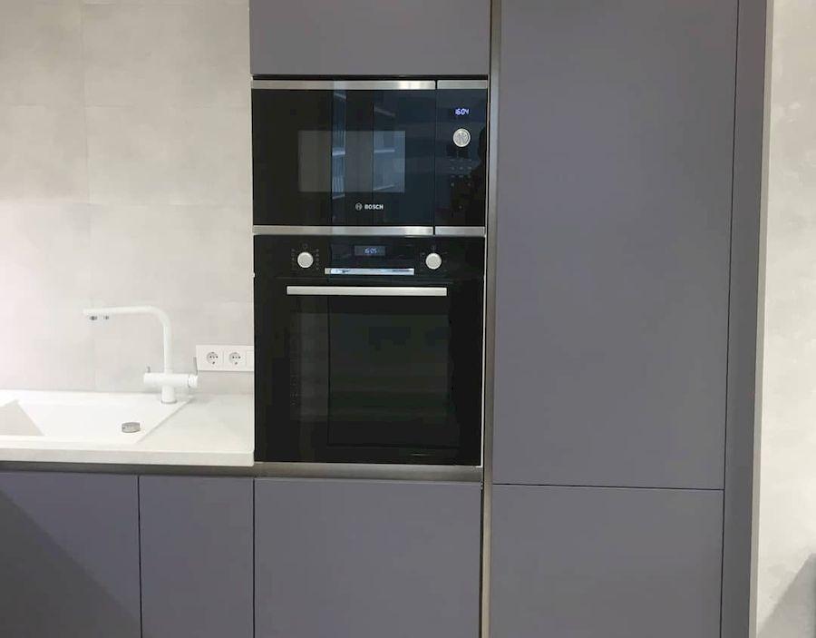 Белый кухонный гарнитур-Кухня МДФ в ПВХ «Модель 648»-фото2