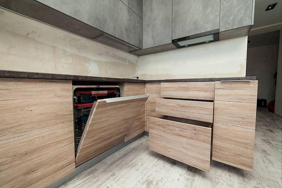 Высокие кухни под потолок-Кухня из ЛДСП «Модель 643»-фото8
