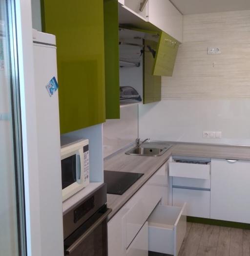 Белый кухонный гарнитур-Кухня из пластика «Модель 572»-фото17